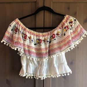 Tops - Off the shoulder crop top